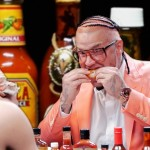 Riff Raff Eat's Some Spicy Wings | Hot Ones (Video)
